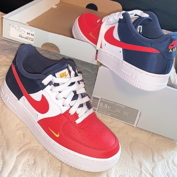 Nike Air Force One 1 Low SZ 13 White Varsity Red Sneakers